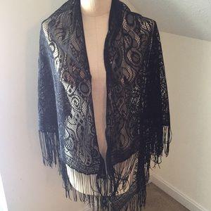 Black lace shaw